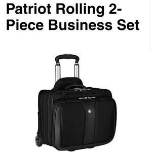 Patriot rolling 2 piece set. NWT. Taking offers